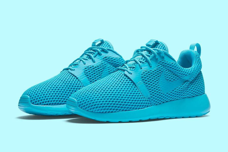Nike Roshe One Hyper Breathe — dámské boty, tenisky — tyrkysové, modré, blue, cyan — běžecké sneakers