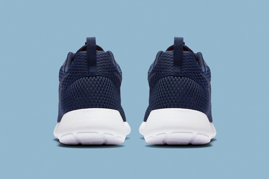 Nike Roshe One Hyper Breathe — zadní pohled — modré, navy blue
