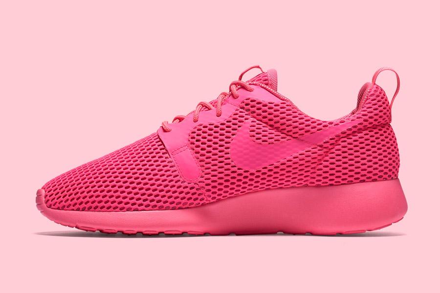 Nike Roshe One Hyper Breathe — dámské tenisky, boty — růžové, pink — běžecké sneakers