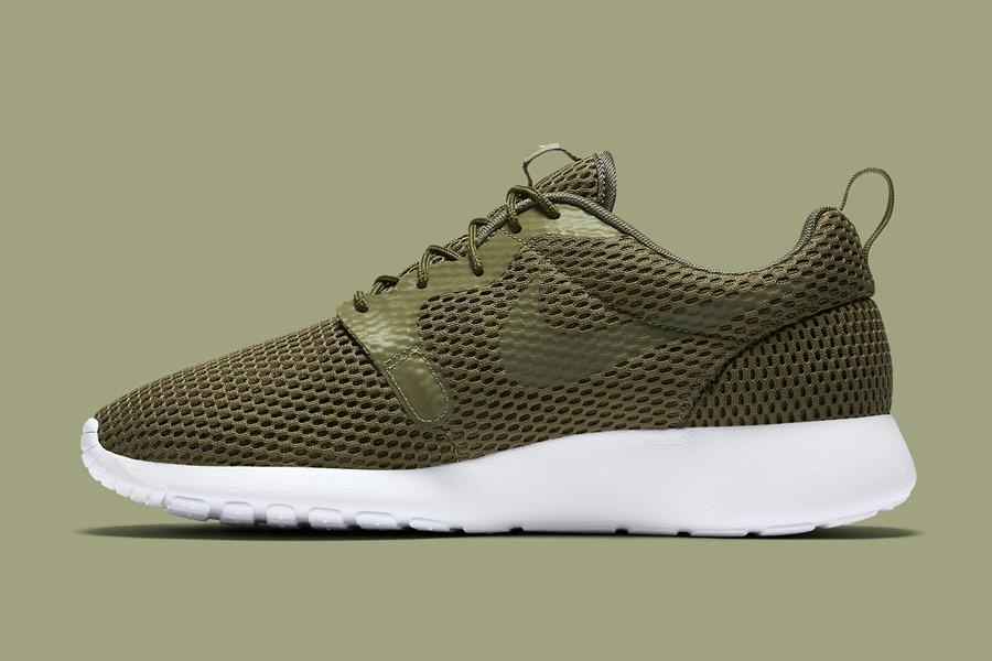 Nike Roshe One Hyper Breathe — pánské tenisky, boty — zelené, olivové, hnědo-zelené, navy green — běžecké sneakers