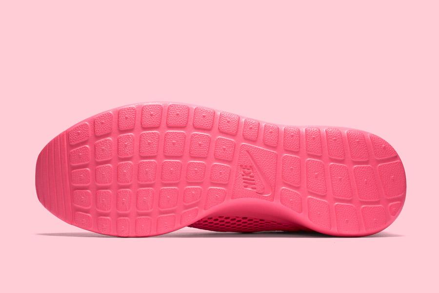 Nike Roshe One Hyper Breathe — podrážka — růžová