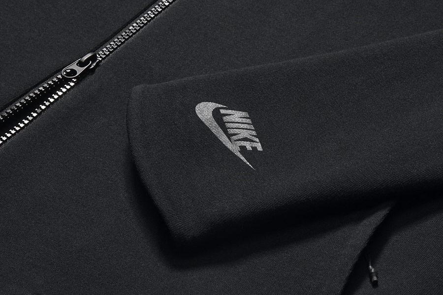 NikeLab Transform Jacket — pánská sportovní bunda — černá — detail rukávu