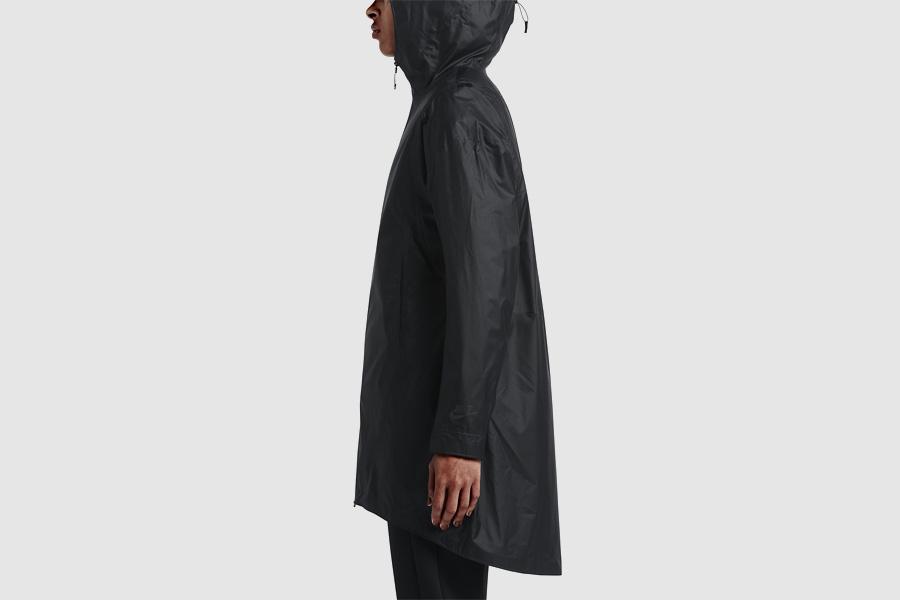 NikeLab Transform Jacket — sportovní bunda s kapucí, dámská — černá — dvojitá bunda