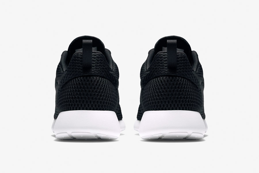 Nike Roshe One Hyper Breathe — zadní pohled — černé, black