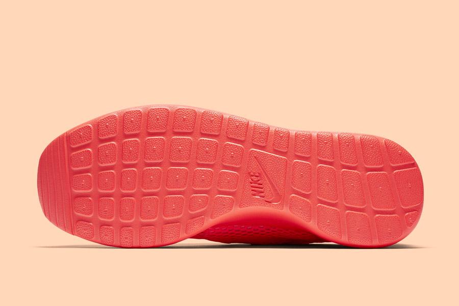 Nike Roshe One Hyper Breathe — podrážka — oranžová, růžová