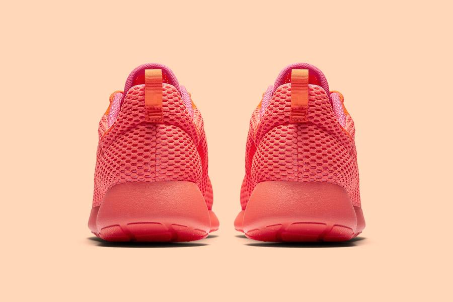 Nike Roshe One Hyper Breathe — zadní pohled — oranžové, růžové, pink, orange — běžecké sneakers