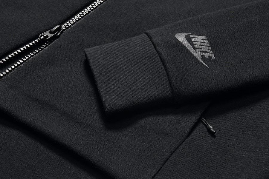 NikeLab Transform Jacket — dámská sportovní bunda — černá — detail rukávu