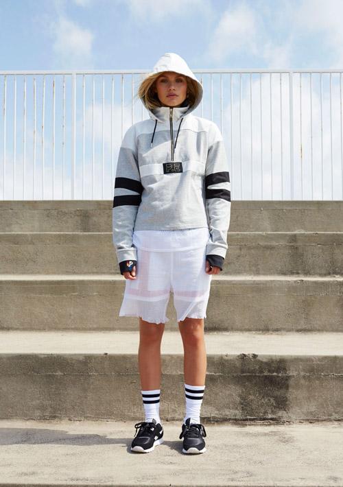 P.E Nation — šedá bunda s kapucí — dámské sportovní oblečení