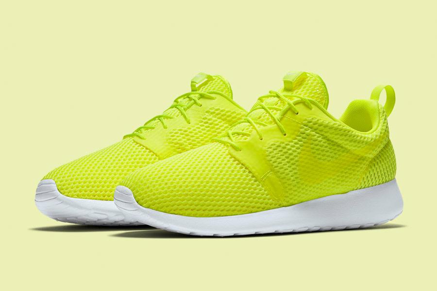 Nike Roshe One Hyper Breathe — pánské boty, tenisky — křiklavě žluto-zelené — běžecké sneakers