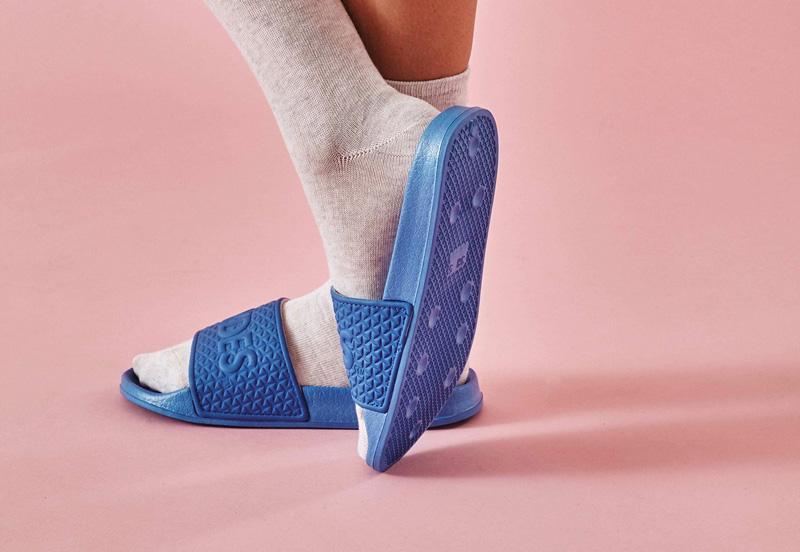 Stylové pantofle Slydes — dámské, pánské — jaro/léto 2016