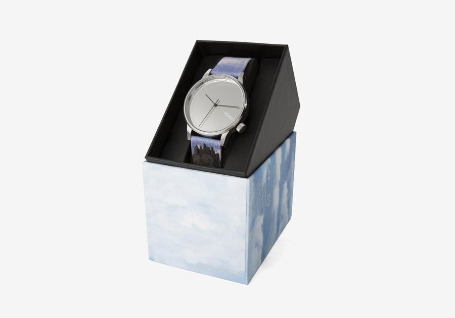 Komono x René Magritte — hodinky Winston — pánské, dámské — surrealistické motivy — The Castle of the Pyrenees — Hrad v Pyrenejích