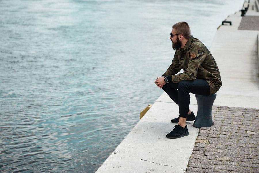 Amokrun — maskáčová bunda, pánská — lehká dlouhá bunda bez kapuce — plátěný kabát — Coach Jacket