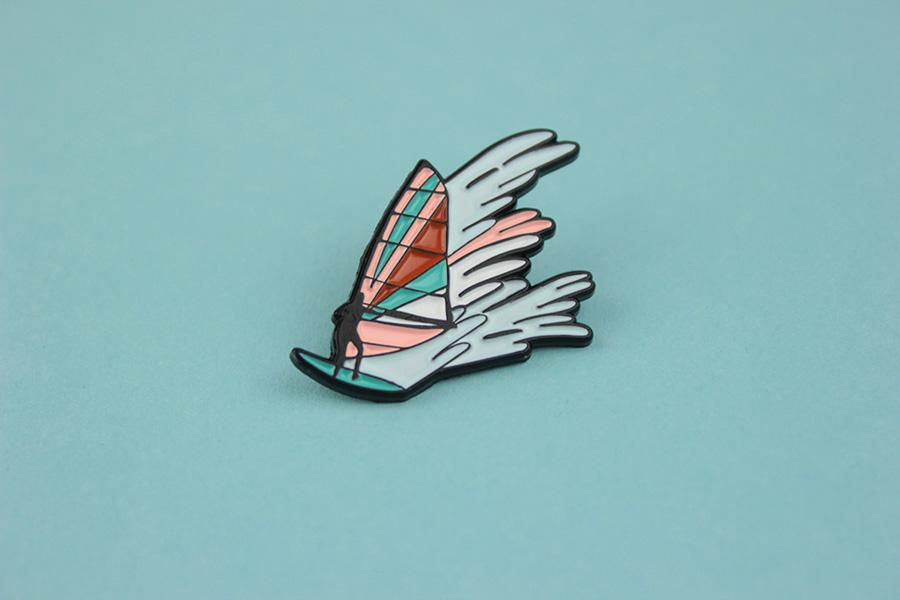 Retart — odznak (pin) — Surfer — Alica Kucharovič