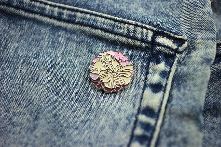 Retart — odznak (pin) — Gathering — Lívia Mezovská