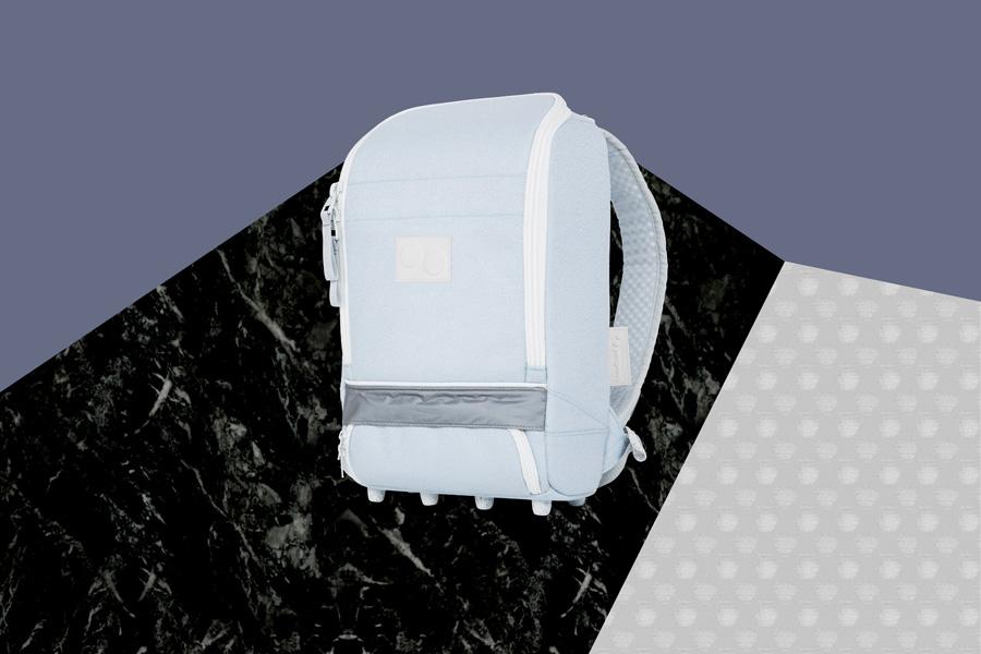 PINQPONQ — plátěný batoh z recyklovaných PET lahví — Cubik Small Danish Blue — světle modrý