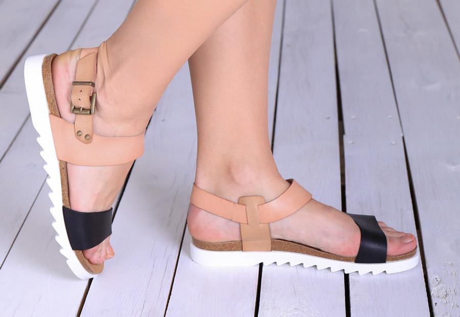 Weinbrenner — dámské sandály — kožené — korková stélka, bílá podrážka — letní sandálky