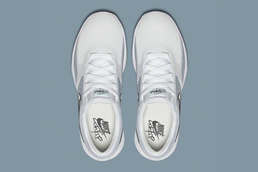 Nike Air Max Zero — bílé (white) — dámské tenisky — boty — sneakers — horní pohled