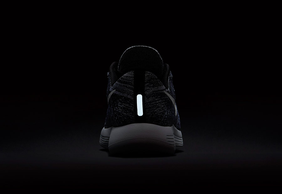 Nike LunarEpic Low Flyknit — dámské běžecké boty — tenisky — reflexní prvky