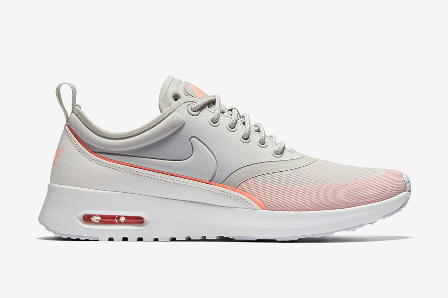 Nike Air Max Thea Ultra — dámské boty — tenisky — sneakers — šedé, oranžové