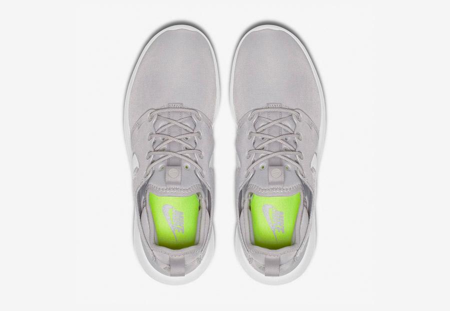 Nike Roshe Two — boty — horní pohled — šedé — Nike Roshe Run
