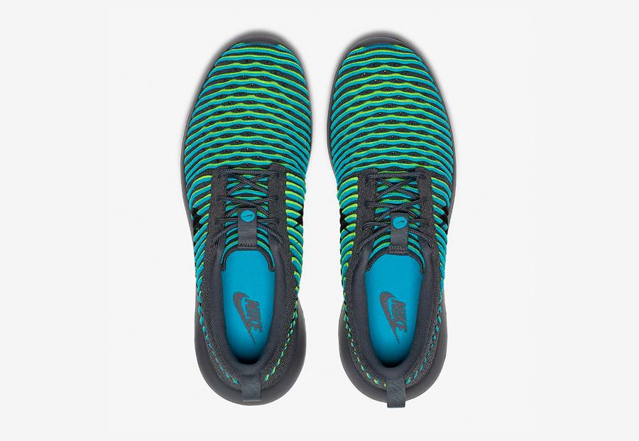 Nike Roshe Two Flyknit — boty — horní pohled — šedé, zelené, modré — Nike Roshe Run