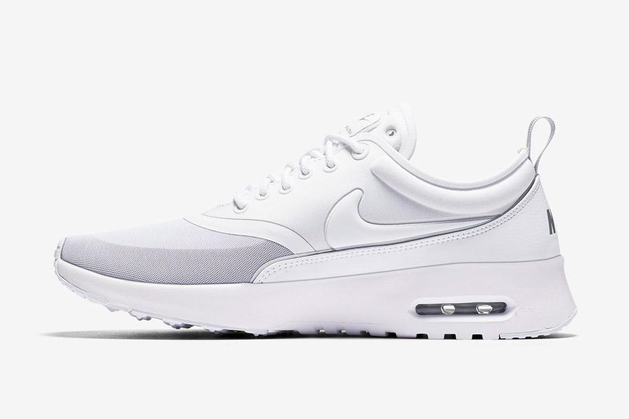 Nike Air Max Thea Ultra — dámské tenisky — boty — sneakers — bílé
