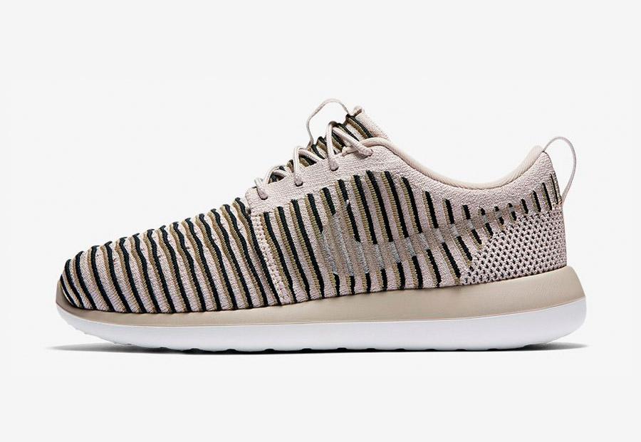 Nike Roshe Two Flyknit — boty — tenisky — sneakers — dámské — béžové, pískové — Nike Roshe Run