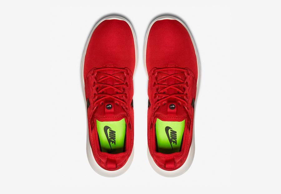 Nike Roshe Two — boty — horní pohled — červené — Nike Roshe Run