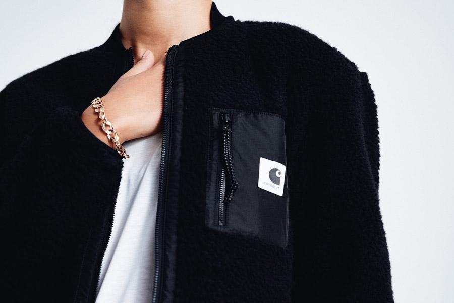 Carhartt WIP — hřejivý bomber — černý — dámská bunda, kožíšek
