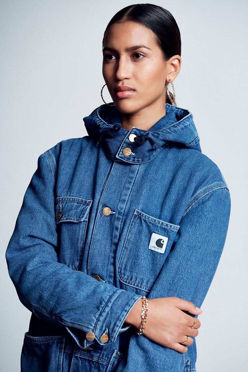 Carhartt WIP — džínová bunda s kapucí — modrá — dámská — jeans