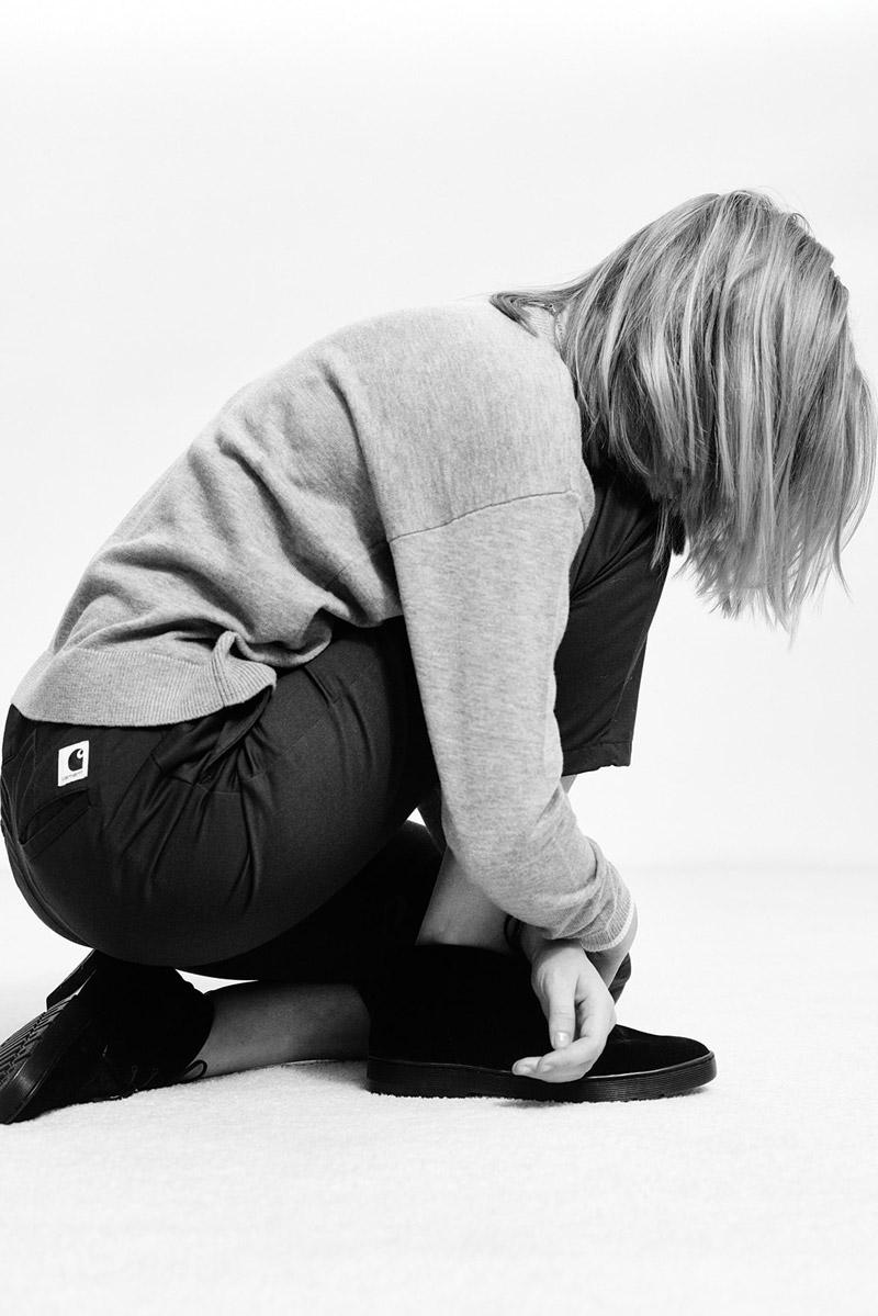 Carhartt WIP — dámská šedá mikina, černé kalhoty