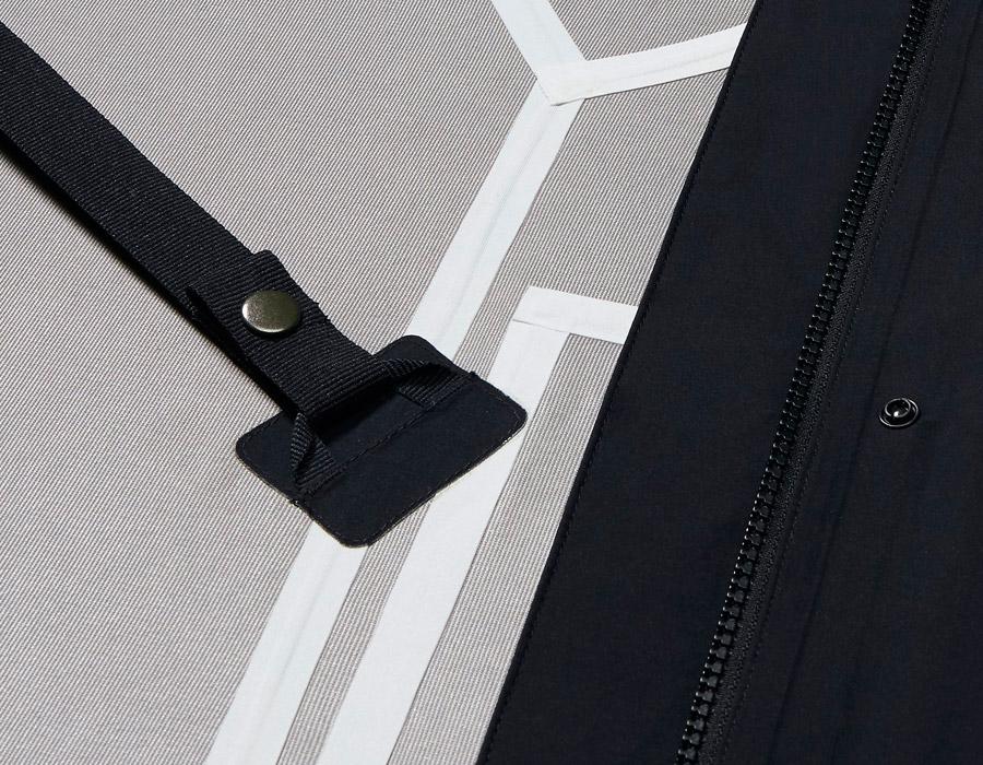 NikeLab Essentials — dámská parka — upevňovací pásek