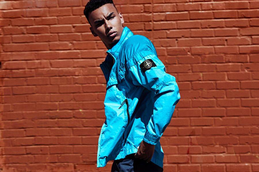 NikeLab Windrunner x Stone Island — pánská bunda — nepromokavá větrovka s kapucí — modrá, tyrkysová — windbreaker