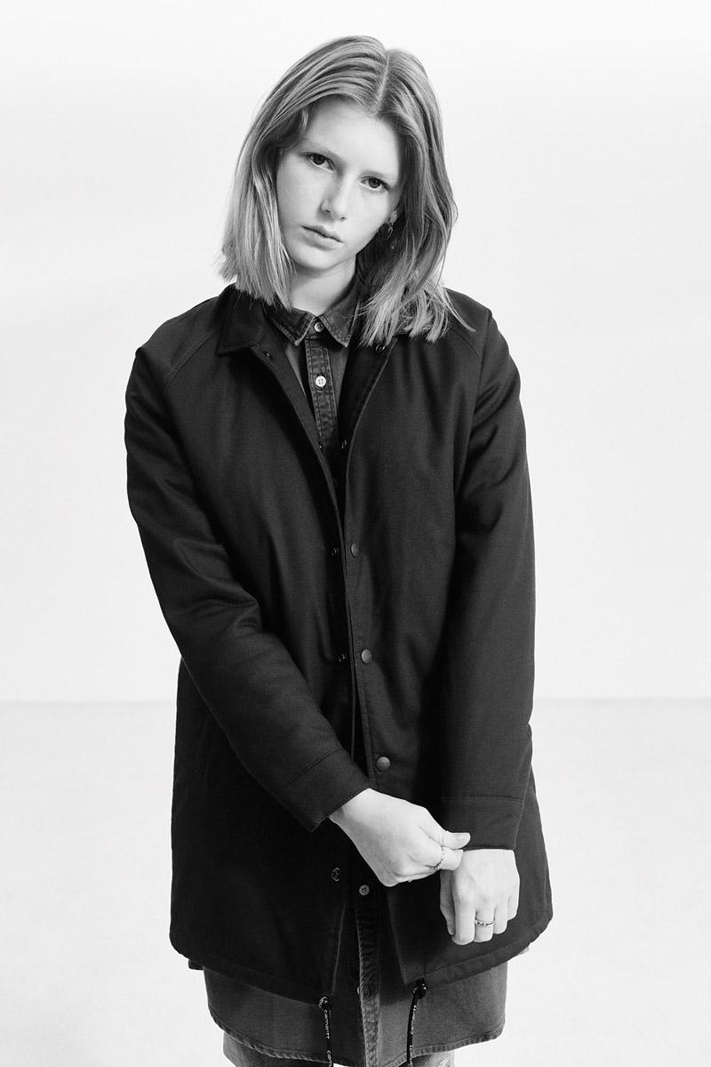 Carhartt WIP — dlouhá bunda bez kapuce — dámská