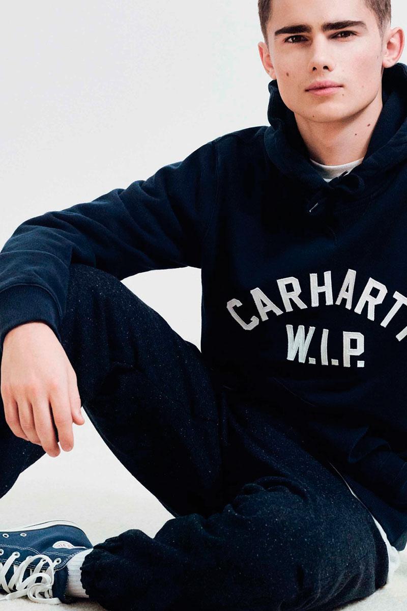 Carhartt WIP — modrá pánská mikina — modré tepláky joggers