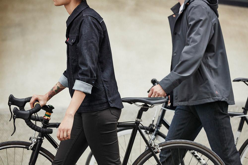 Levi's Commuter — džínová bunda, dámská, modrá — pánská šedá bunda — cyklistické oblečení do města — podzim 2016