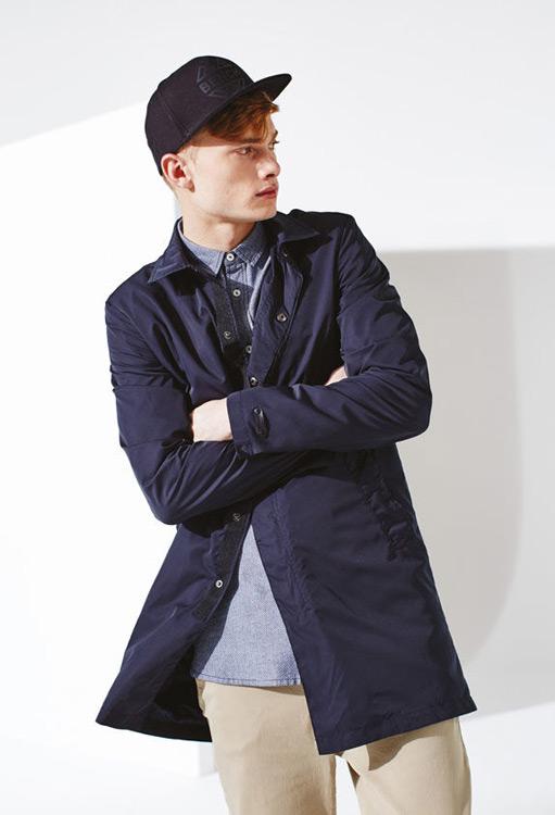 Bench — pánská podzimní bunda s límečkem, modrá — modrý kabát — podzim/zima 2016