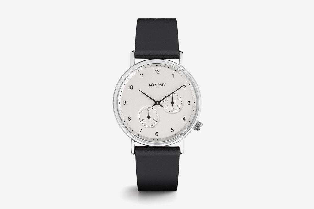 Komono Walther — hodinky — náramkové — ocelové pouzdro, bílý ciferník, černý kožený řemínek