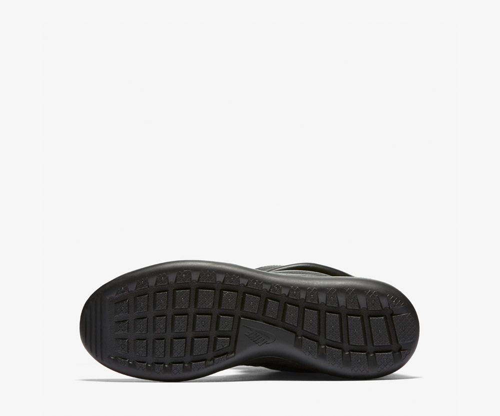 Nike Roshe Two Flyknit Hi — černá podrážka