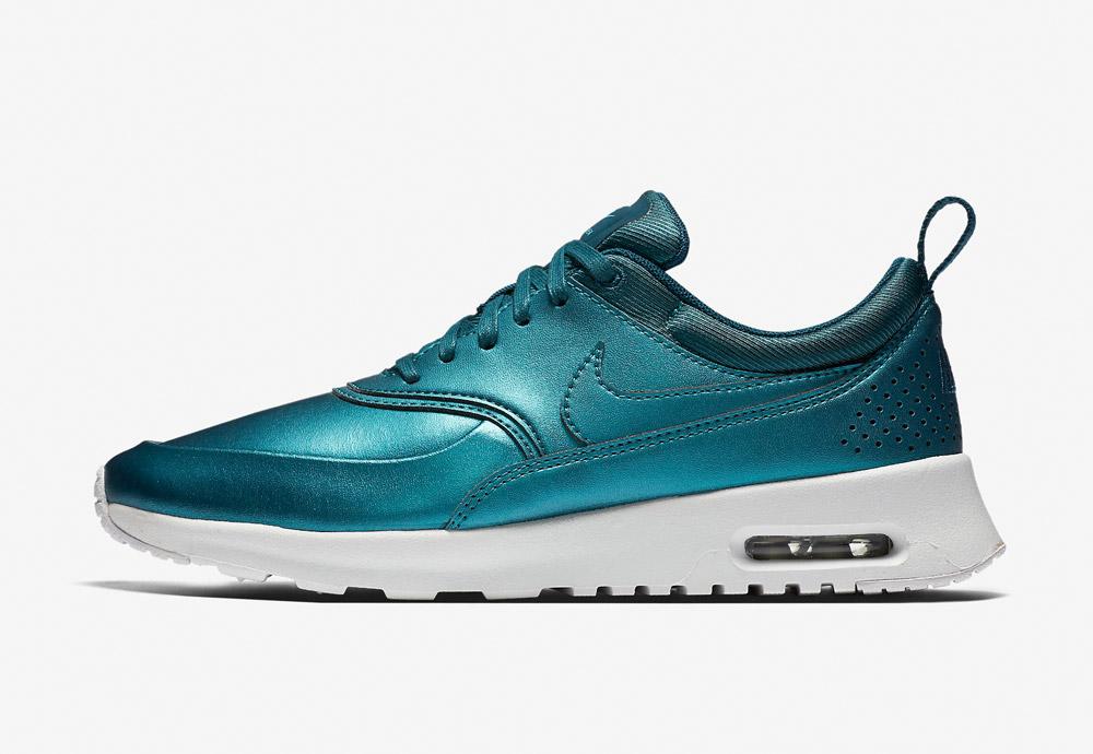 Nike Air Max Thea SE — dámské boty — tenisky — sneakers — metalické — modré, zelené