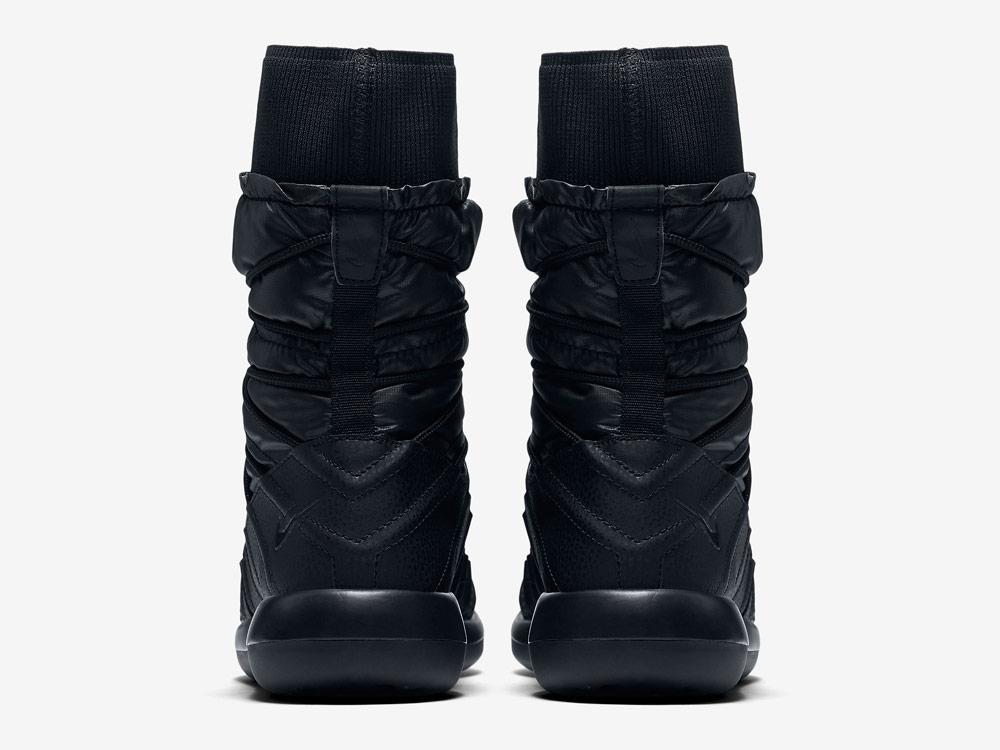 Nike Roshe Two High — dámské sněhule — vysoké zimní boty — černé — zadní pohled
