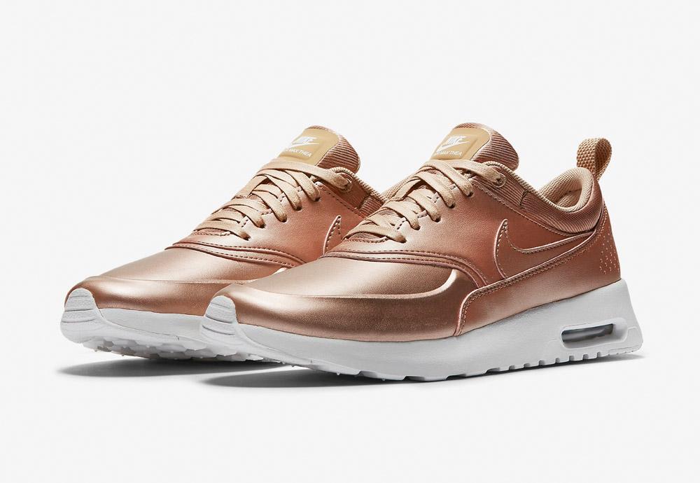 Nike Air Max Thea SE — dámské boty — tenisky — sneakers — metalické — zlaté