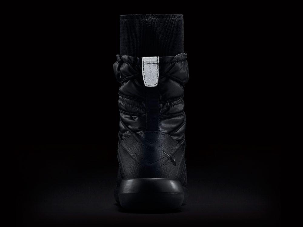 Nike Roshe Two High — reflexní prvky
