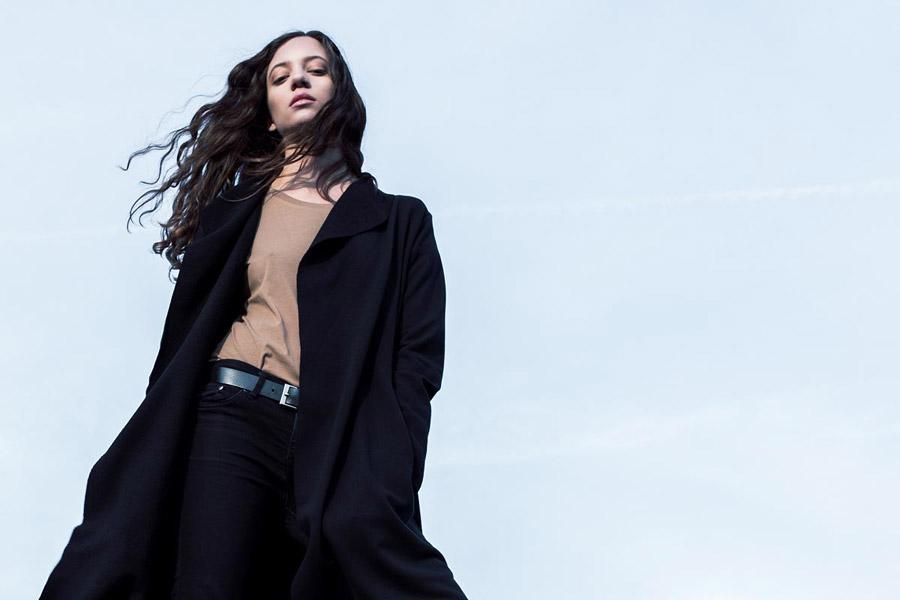 The Hive — černý kabát — dámský — jumper coat — dámské oblečení — podzim/zima 2016