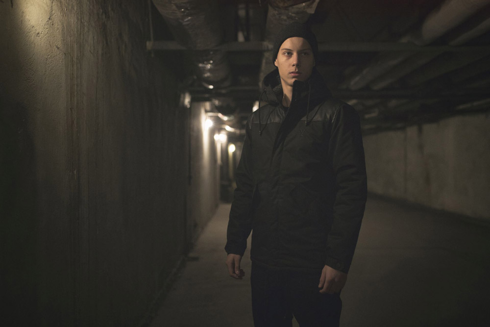 Backyard Cartel — krátká zimní bunda s kapucí — černá — pánská — podzim/zima 2016