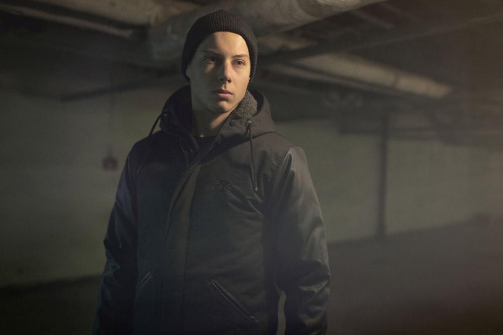 Backyard Cartel — zimní bunda s kapucí s kožíškem — černá — pánská — podzim/zima 2016