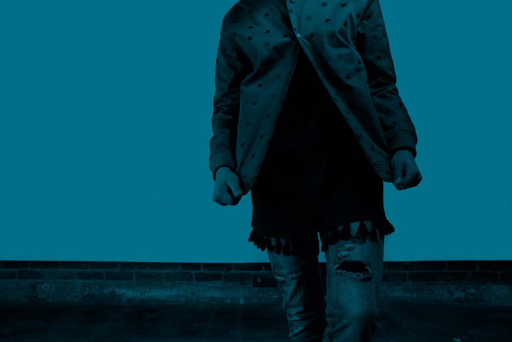 Black Scale — pánský bomber s hvězdami — bunda do pasu — černé tričko s třásněmiBLVCK SCVLE — zima 2016