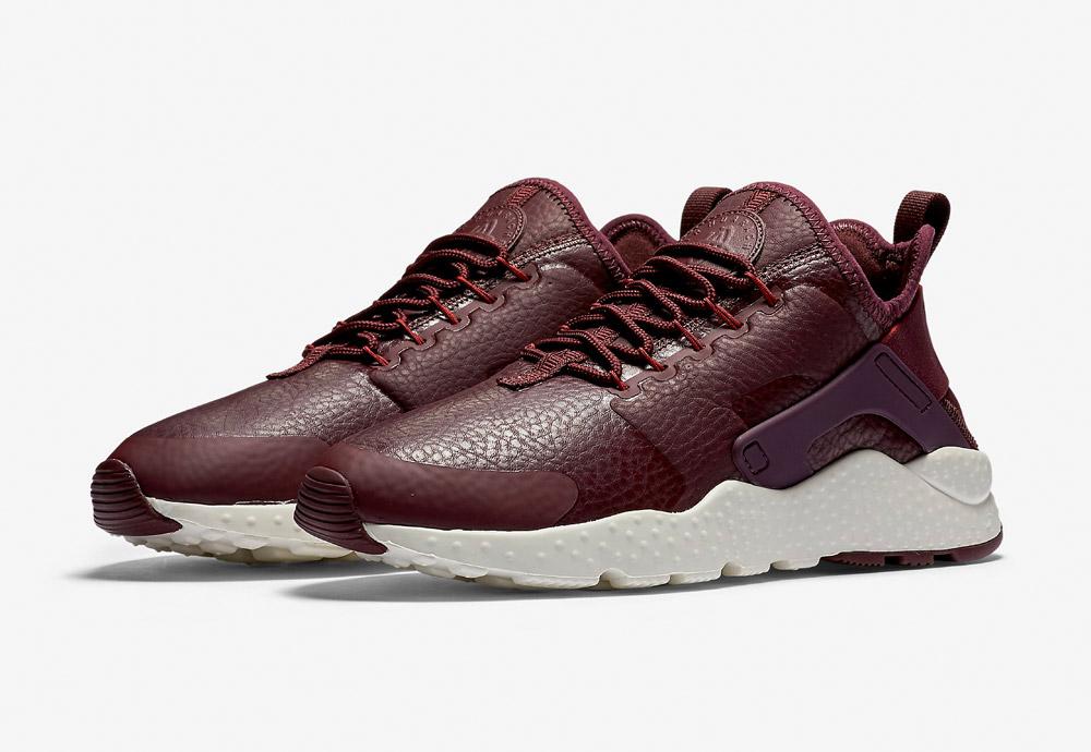 Nike Air Huarache Ultra Premium — dámské tenisky — boty — sneakers — tmavě červené, vínové