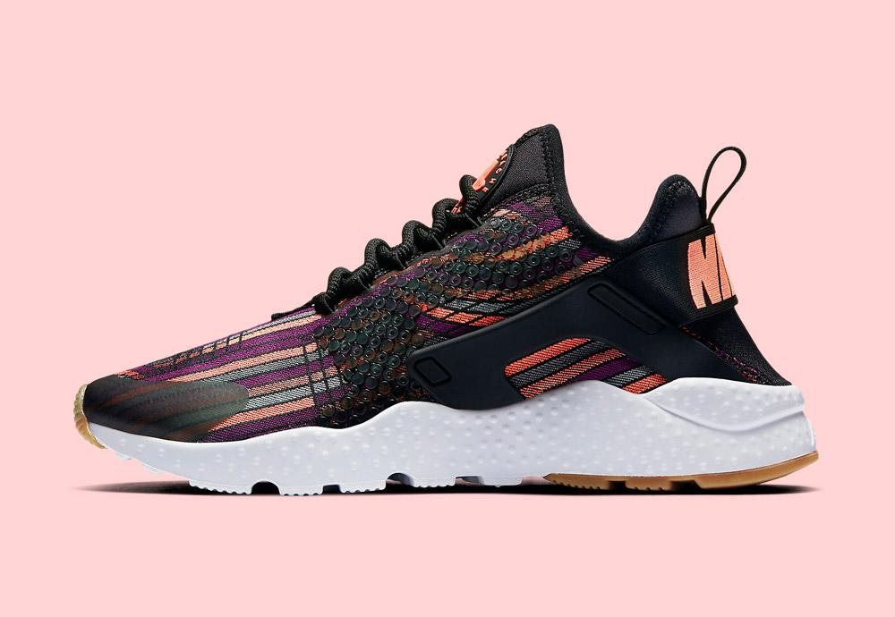 Nike Beautiful x Powerful Collection — Nike Air Huarache Ultra Jacquard Premium — dámské boty — tenisky — barevné — sneakers