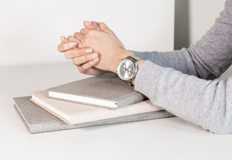 Hodinky Triwa — Stirling Nevil 2.0 — náramkové hodinky — dámské — stříbrný náramek a pouzdro — luxusní, stříbrné